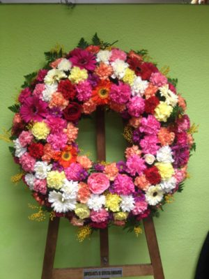 Corona de Flores - Yamil Floristas
